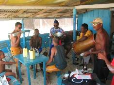 Musiciens improvisés, plage de Florianapolis, Brésil